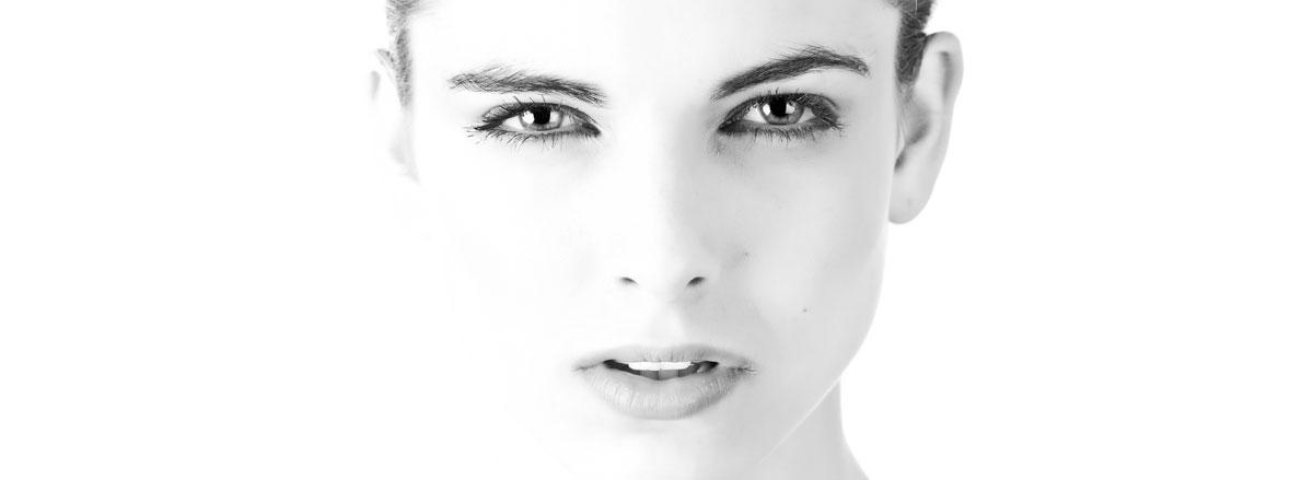 Jak wykorzystać funkcjonalnośćrozpoznawania twarzy w monitoringu na terenie firmy? Przykłady i konfiguracja.