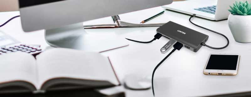 Cały świat na home office – jak ułatwić sobie pracę zdalną z pomocą akcesoriów?